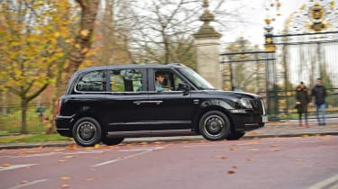 LEVC TX London Taxi - side action