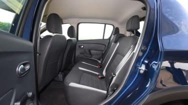 Dacia Sandero Stepway - rear bench