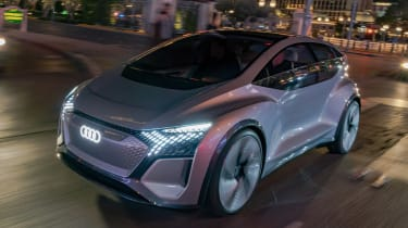 Audi AI:ME concept - front tracking