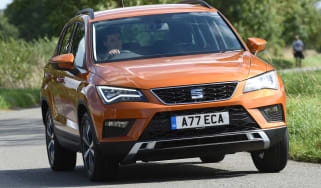 SEAT Ateca First Edition - front cornering