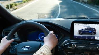 Ford Kuga - driving