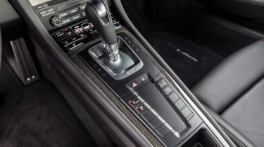 Porsche 911 Turbo S 2016 - centre console