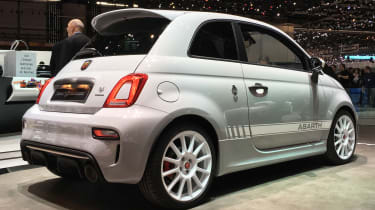 abarth 595 esseesse static rear