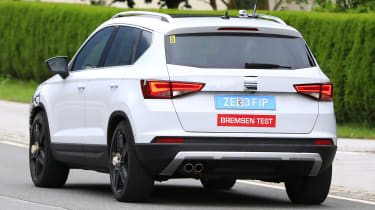 SEAT Ateca spied - rear tracking