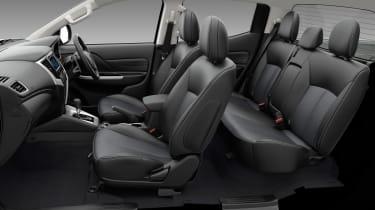 Mitsubishi L200 - seats