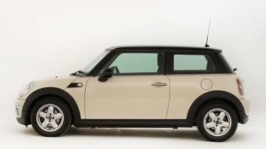 Used MINI Cooper - side