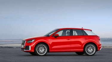 Audi Q2 Red side