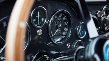 Aston Martin DB4 GT - speedo
