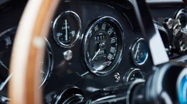Aston Martin DB4 GT - speedo