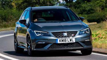 SEAT Leon ST Cupra 300 Carbon Edition - front