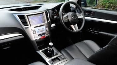 Subaru Outback 2.0D SE NavPlus dash