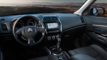 Citroen C4 Aircross interior