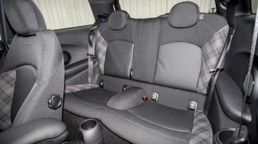 MINI Cooper - rear seats