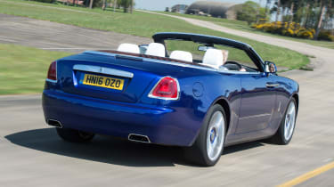 Rolls-Royce Dawn 2016 - rear tracking