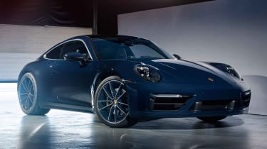 Porsche 911 Belgium Legend Edition - front 3/4 static