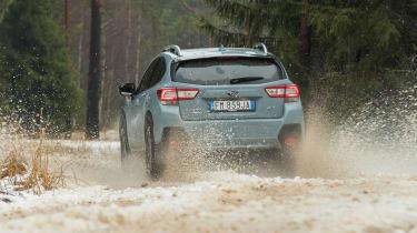 Subaru XV - rear tracking