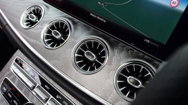 Mercedes CLS dash vents