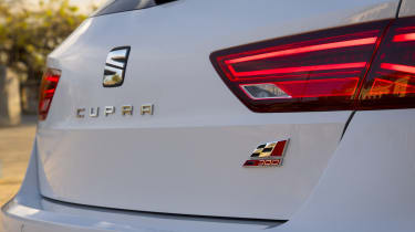 SEAT Leon ST Cupra 300 - rear detail