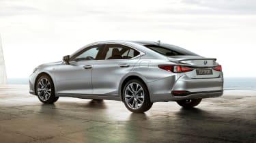 Lexus ES F-Sport - rear