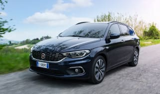 Fiat Tipo Station Wagon estate - front tracking