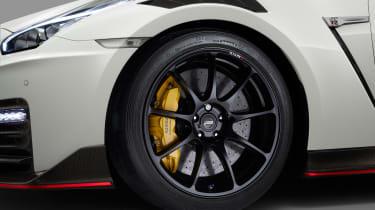 Nissan GT-R NISMO - studio wheel