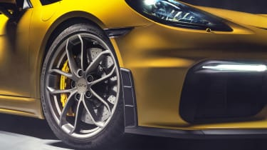 Porsche 718 Cayman GT4 - wheel