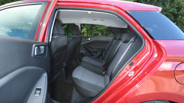 Hyundai i20 Turbo Edition - rear seats