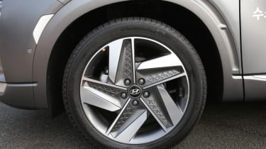Hyundai NEXO alloy wheel