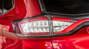 Ford Edge Titanium 2016 - rear light