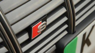 Audi e-tron S - S badge