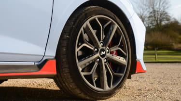 Hyundai i20 N - wheel