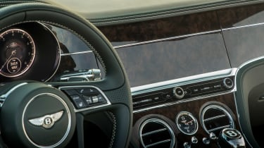 Bentley Continental GT Convertible - infotainment hidden