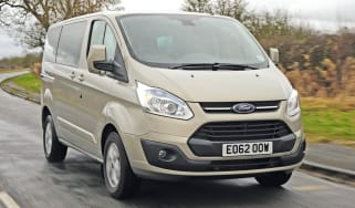 Ford Tourneo Custom front tracking