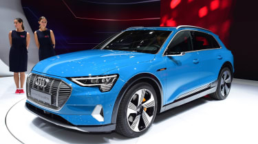 Audi e-tron - Paris front static