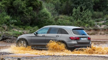 Mercedes GLC - rear water