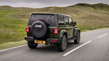 Jeep Wrangler - rear tracking