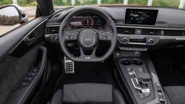 Audi S5 Cabriolet - dash