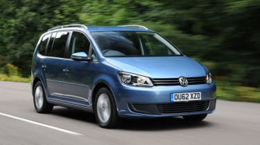 VW Touran tracking