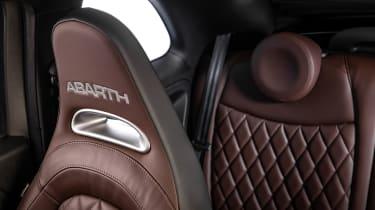 Abarth 595 2021 - brown seat
