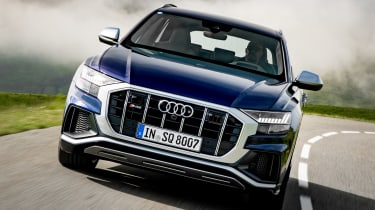 Audi SQ8 - full front