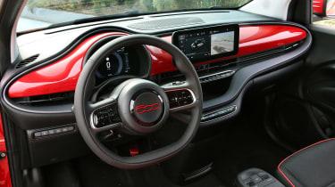 Fiat 500(RED) - dash