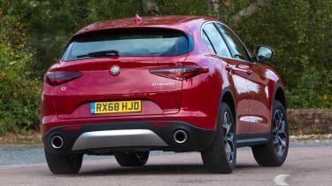 Alfa Romeo Stelvio - rear cornering