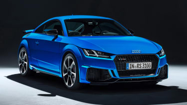 Audi TT RS Coupe - studio front