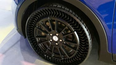 Michelin airless tyre - rear
