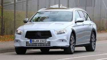 Mercedes E-Class All-Terrain facelift - spyshot 1
