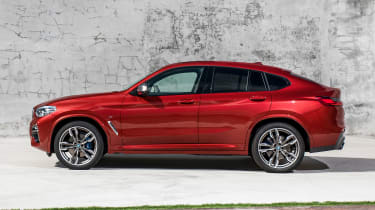 BMW X4 - side