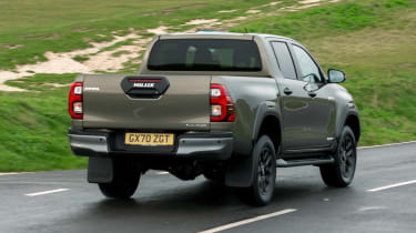 Toyota Hilux - rear action