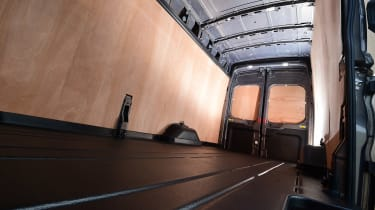 Ford Transit 2016 loadbay