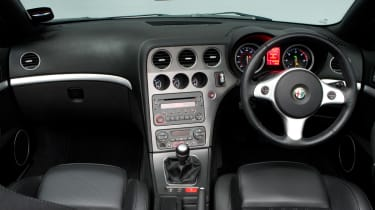 Alfa Romeo Spider dashboard