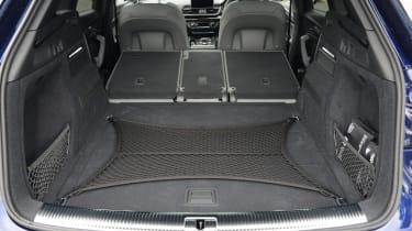 Audi SQ5 - boot seats folded